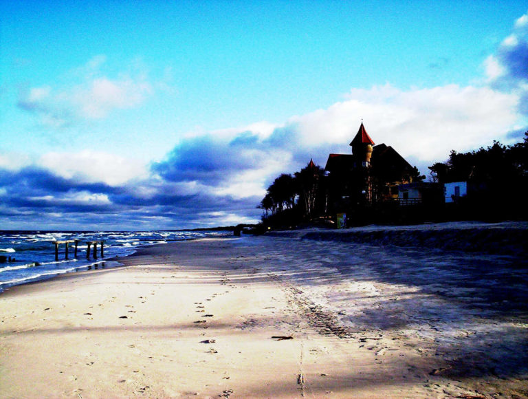 Wczasy Łeba blisko morza - prywatna plaża Villa Verdi