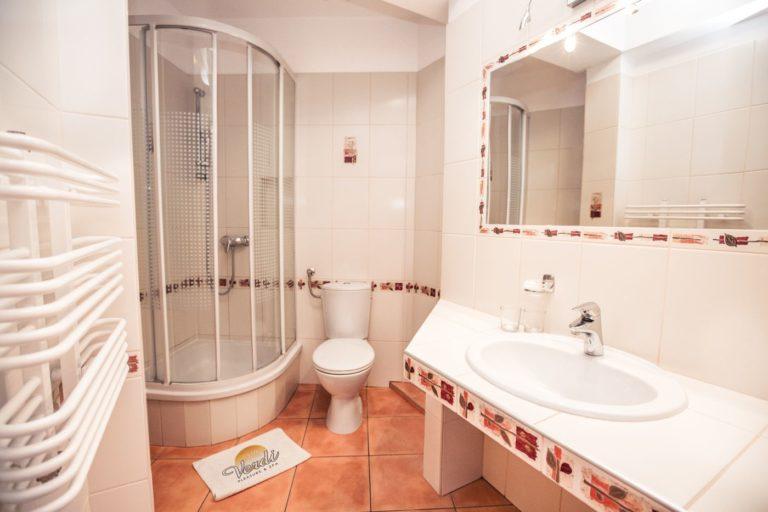 Łazienka w pokoju Villa Verdi Pleasure & SPA Łeba